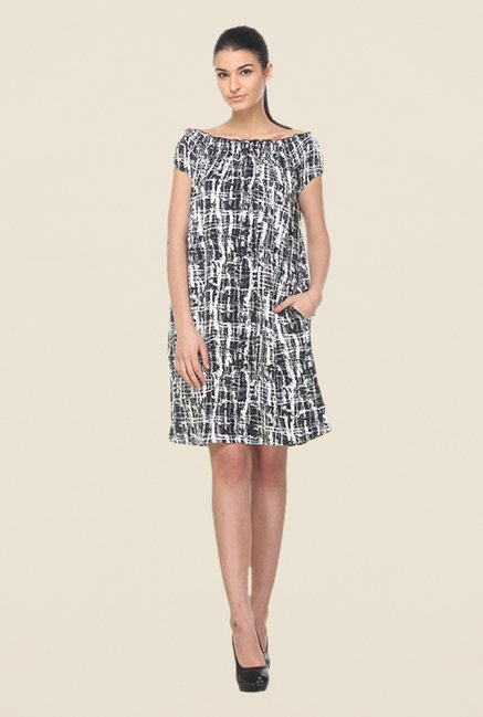 Kaaryah Black Printed Dress