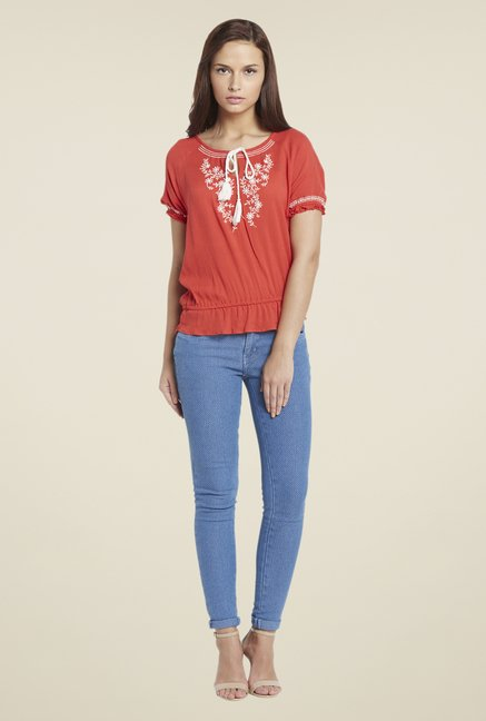 Globus Coral Embroidery Top