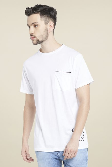Globus White Round Neck Short Sleeves T Shirt
