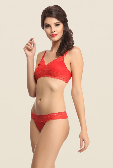 Clovia Red Non Wired Padded Bra & Panty Set