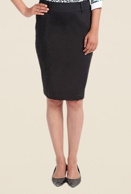 Kaaryah Black Pencil Skirt