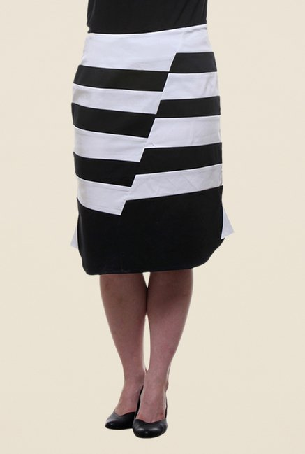 Kaaryah Black & White Striped Pencil Skirt
