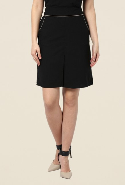 Kaaryah Black Box Pleated Skirt