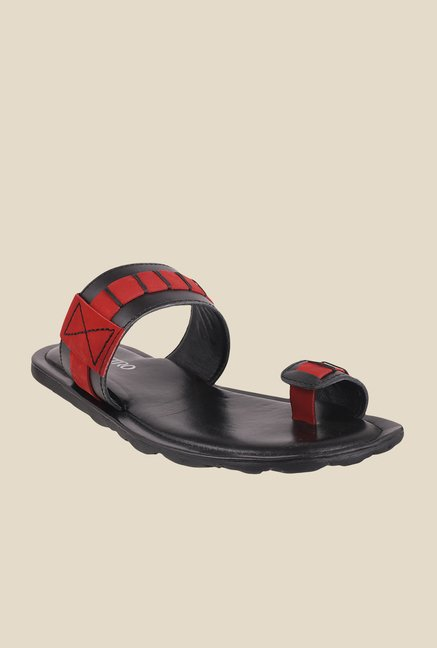Metro Black & Red Toe Ring Sandals