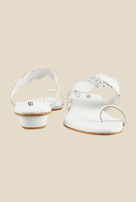 Metro White Toe Ring Sandals
