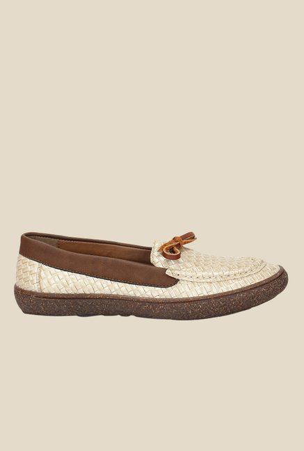 Knotty Derby Katie Beige & Brown Moccasins