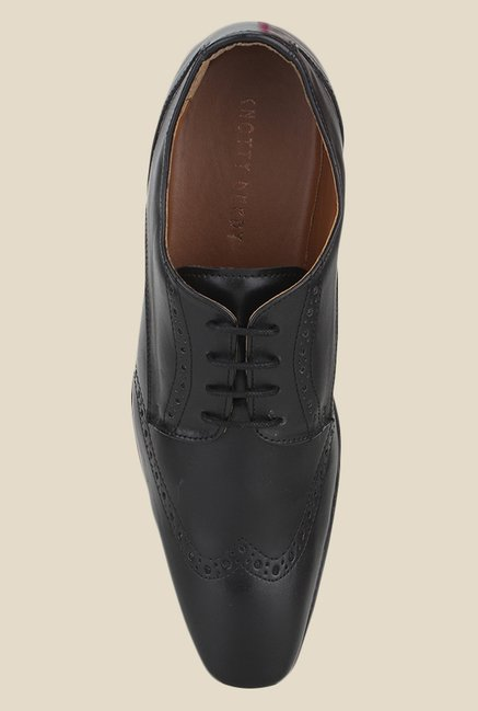 Knotty Derby Arthur Wing Cap Black Derby Shoes