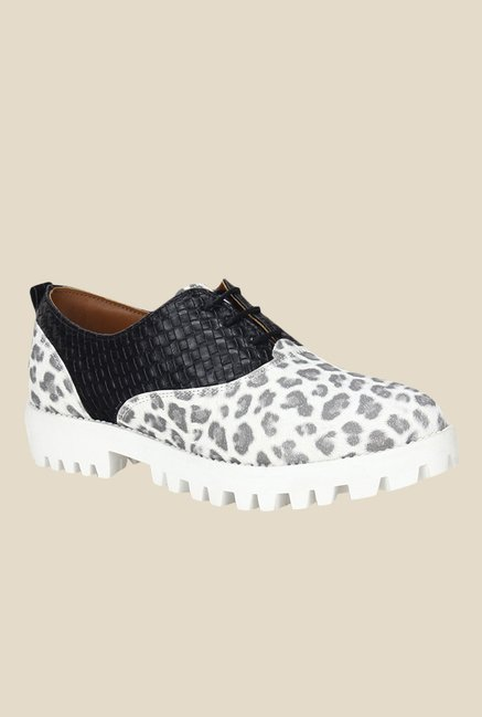 Knotty Derby Ginny Black & White Oxford Shoes