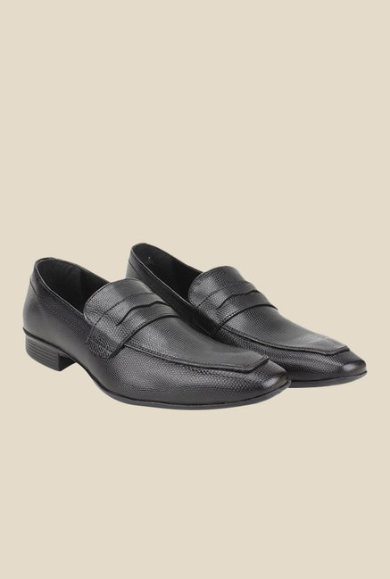 Knotty Derby Arthur Black Slip-Ons