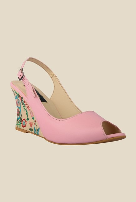 Wearmates Peach Back Strap Wedges