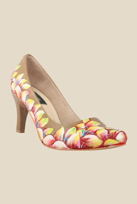 Wearmates Beige & Yellow Cone Heeled Pumps