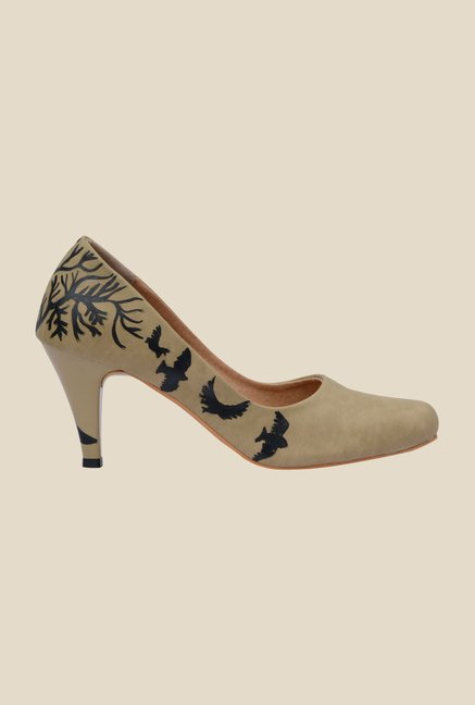 Wearmates Beige Cone Heeled Pumps