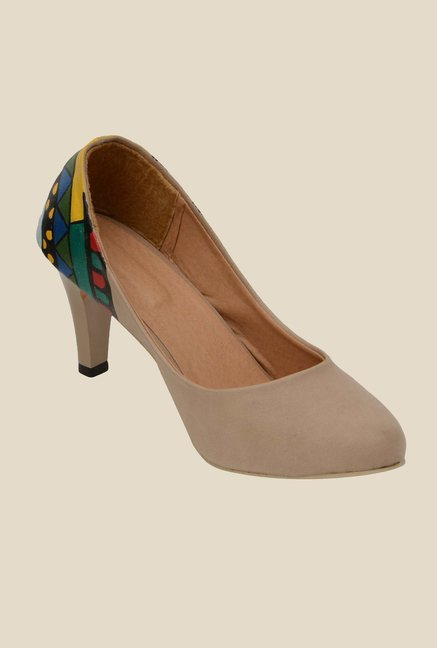 Wearmates Beige & Green Stiletto Heeled Pumps