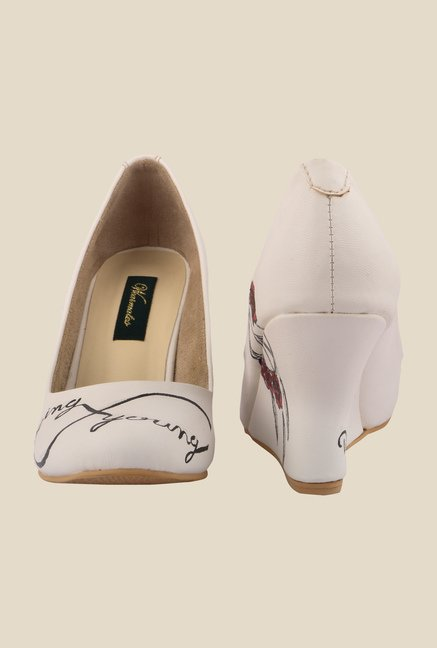 Wearmates White Wedge Heeled Pumps