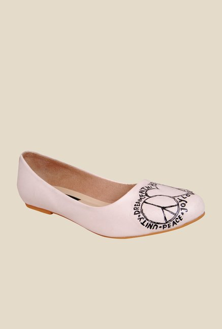 Wearmates White Flat Ballets