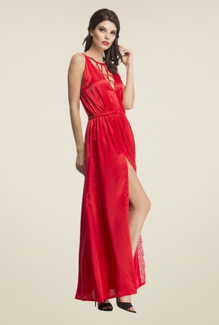 Clovia Red Solid Night Gown