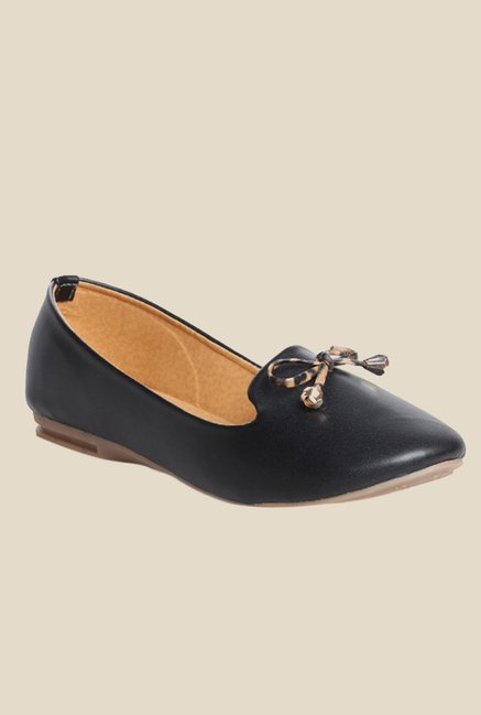 Cobbler's Thread Black Flat Ballets