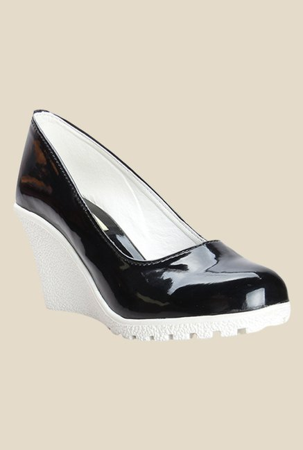 Cobbler's Thread Black & White Wedge Heeled Pumps