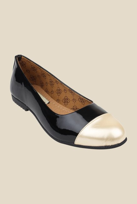 Cobbler's Thread Black & Beige Flat Ballets