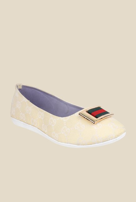 Cobbler's Thread Cream Flat Ballets