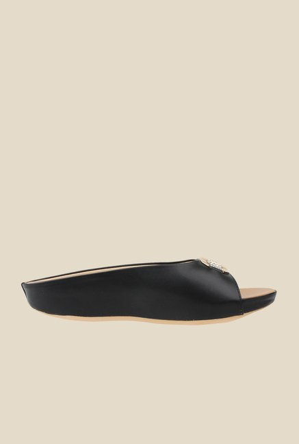 Cobbler's Thread Black Casual Sandals