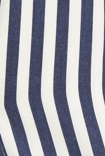 Globus Navy Striped Blazer