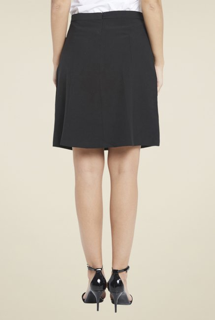 Globus Black Above Knee Solid Skirt