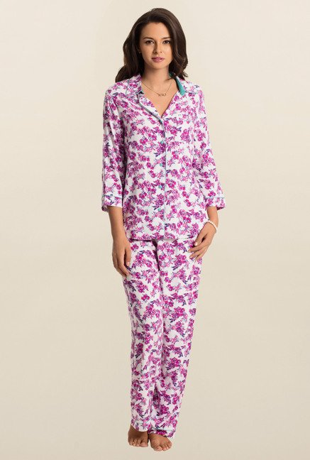 PrettySecrets White Blossom Snuggle Up Top & Pyjama Set