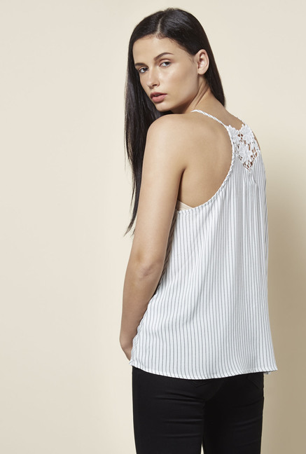 New Look White Top