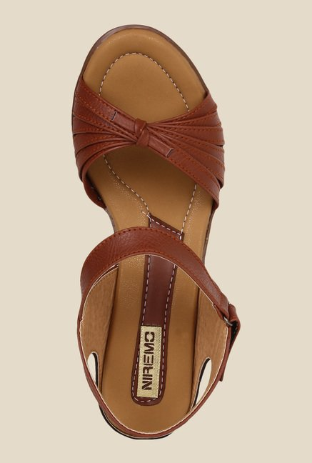 Niremo Brown Ankle Strap Wedges