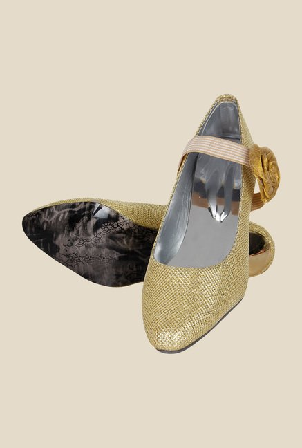 Niremo Gold & Beige Pumps