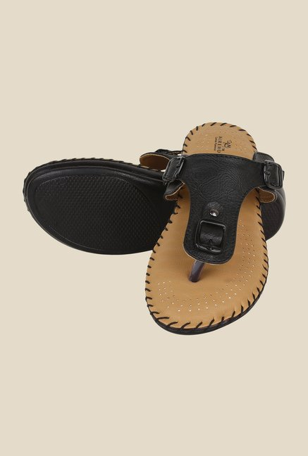 Niremo Black T-Strap Sandals