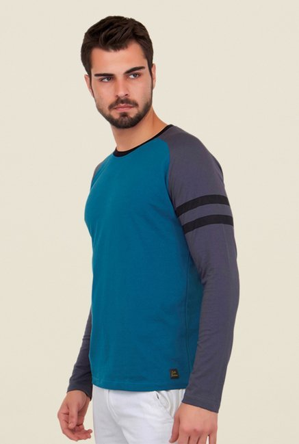 Cult Fiction Blue Solid T Shirt