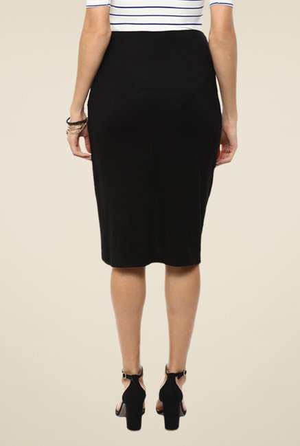 Femella Black Solid Skirt