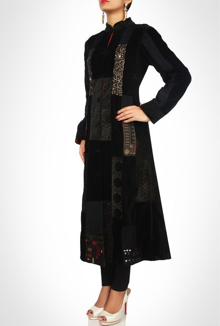 Sonam Dubal Designer Black Embroidered Kurta By Kimaya