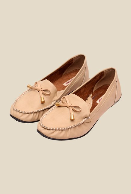 Global Step Beige Casual Moccasins