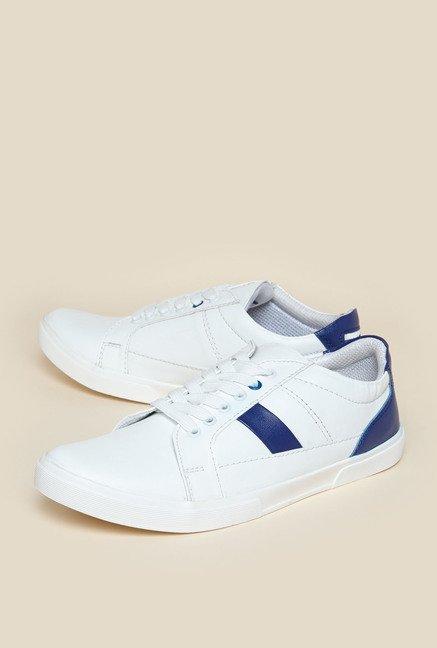 Zudio White Sneakers - Best Price
