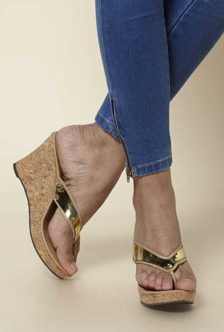 Zudio Beige Wedge Sandals