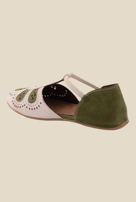 Cocoon White & Olive Casual Shoes