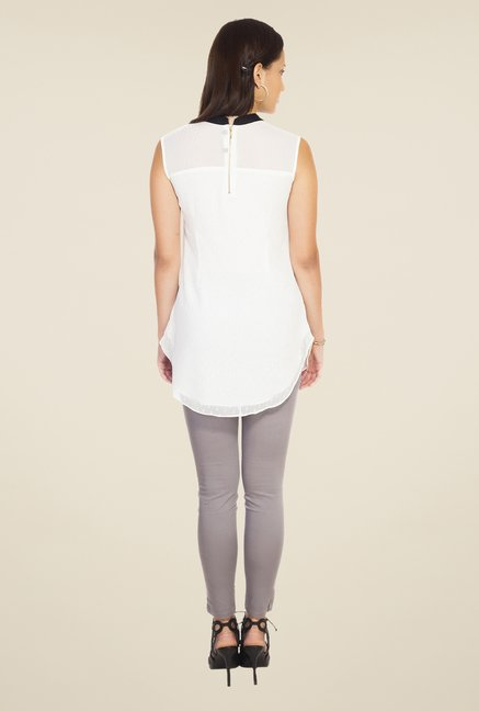 Soie White Self Print Top