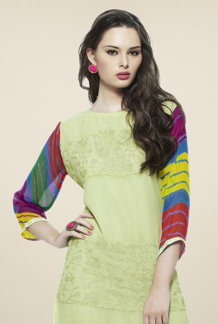 Triveni Green Embroidered Kurta