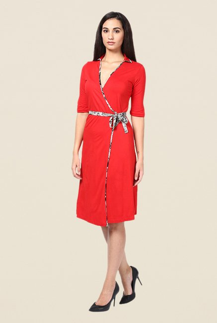 Kaaryah Red Solid Elbow Sleeves Dress