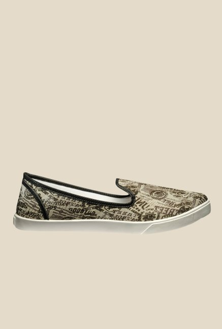 Juan David Beige & Green Plimsolls
