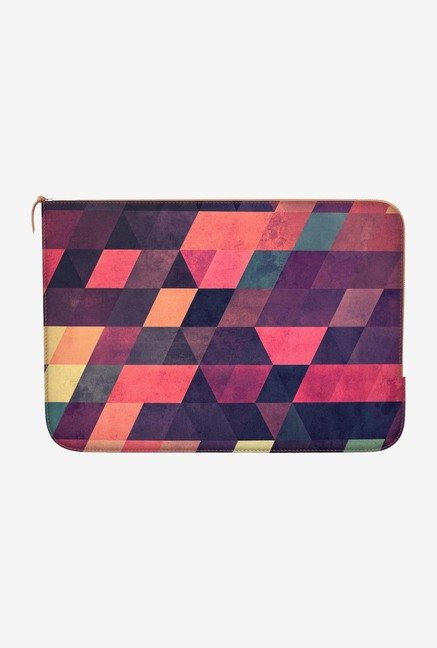"DailyObjects Syngwwn Syre Macbook Pro 15"" Zippered Sleeve"