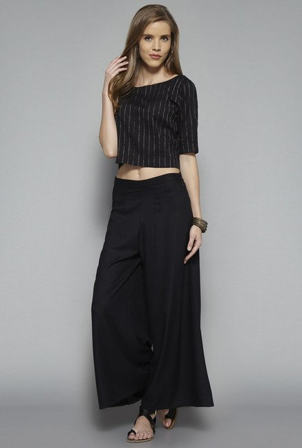 Bombay Paisley by Westside Black Striped Crop Top