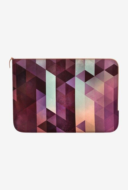 "DailyObjects Ryzspyz Macbook Pro 15"" Zippered Sleeve"