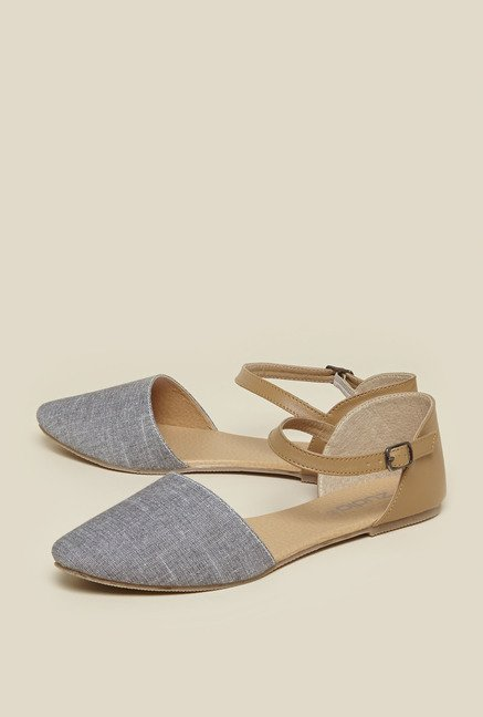 Zudio Grey & Tan Ankle Strap Sandals