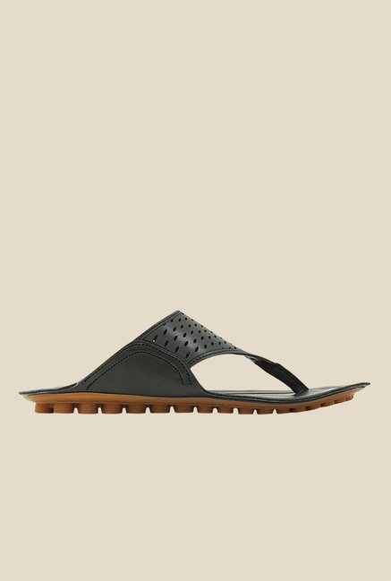 Get Glamr Ward Black Slide Sandals