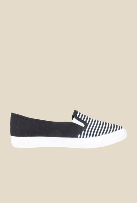 Shoetopia Black & White Plimsolls