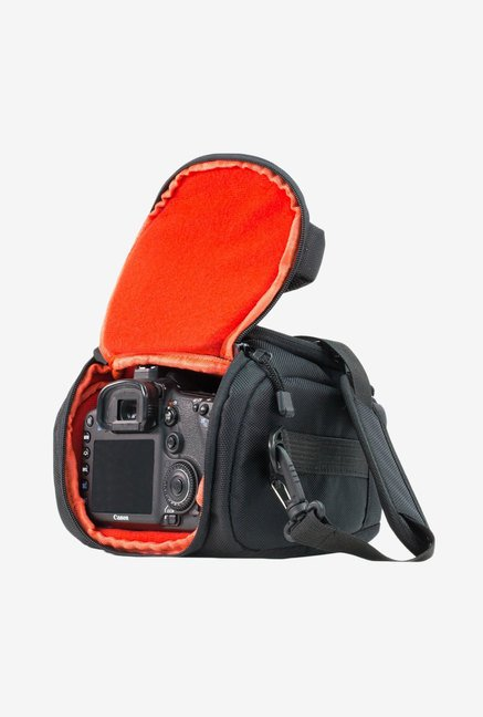 MegaGear Ultra Light Camera Case Bag for Canon 70D (Black)